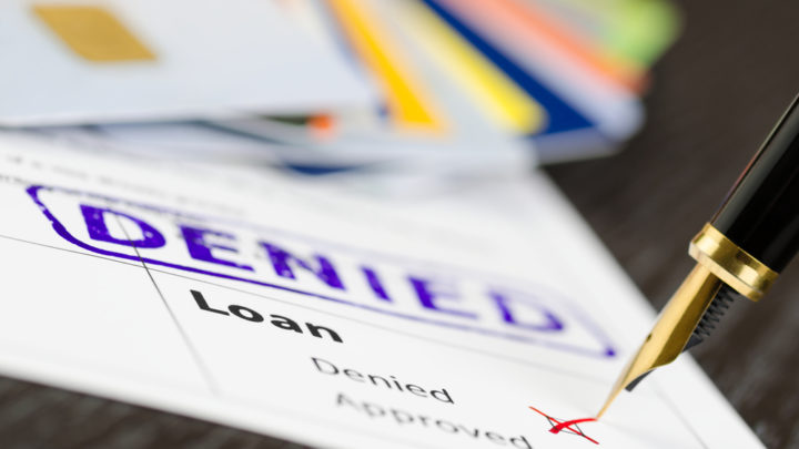 Interdit bancaire : comment bénéficier d'un crédit ?